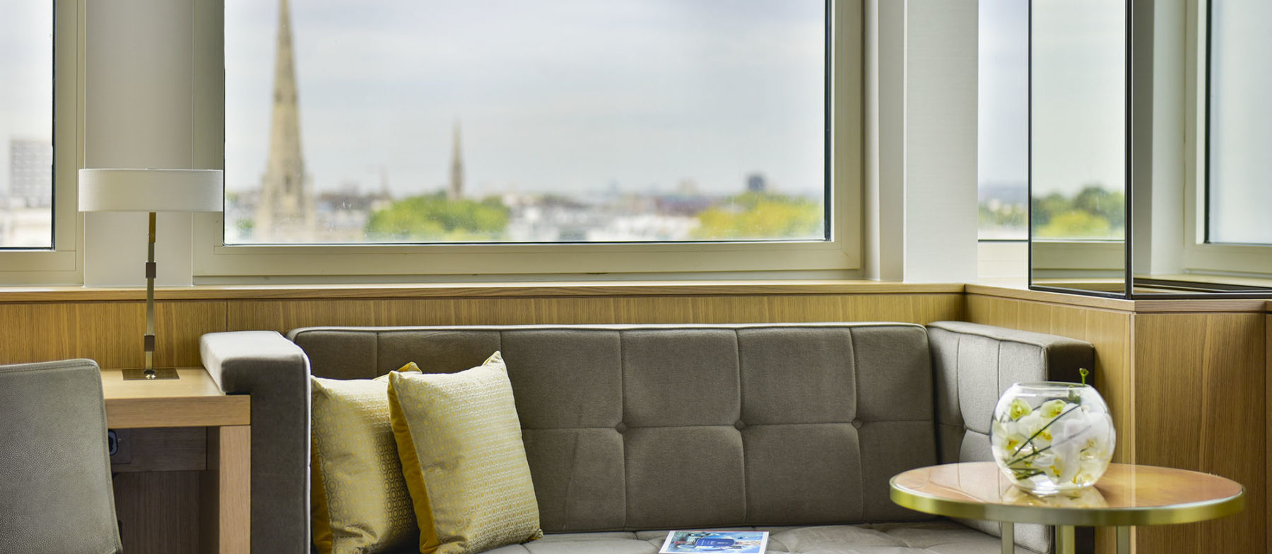 Deluxe hotel rooms near Lancaster Gate