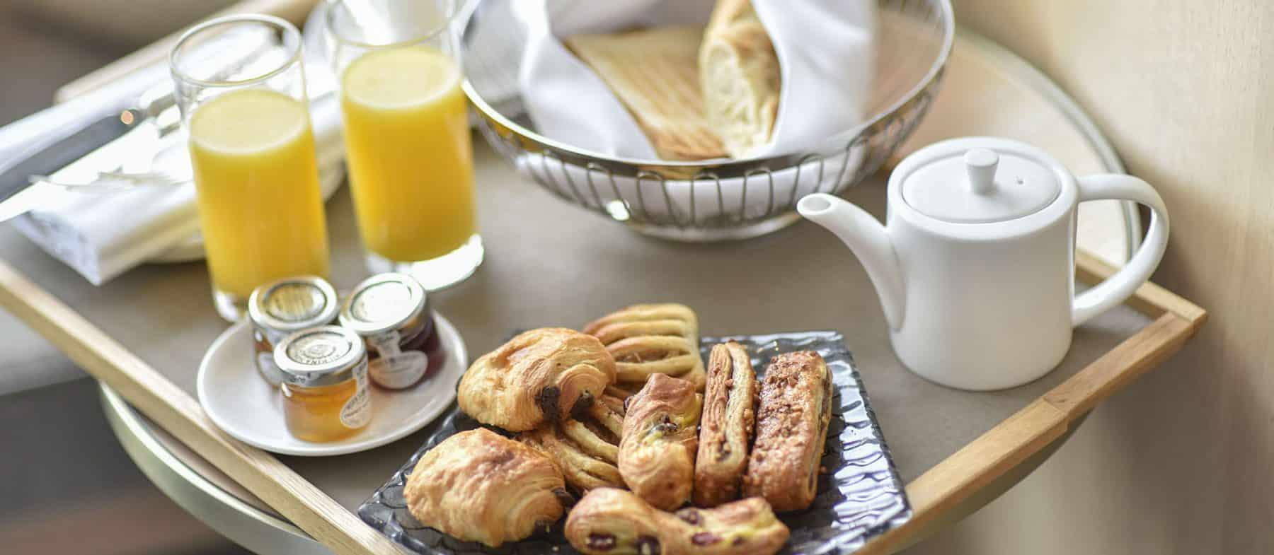 Luxury Breakfast near Hyde Park
