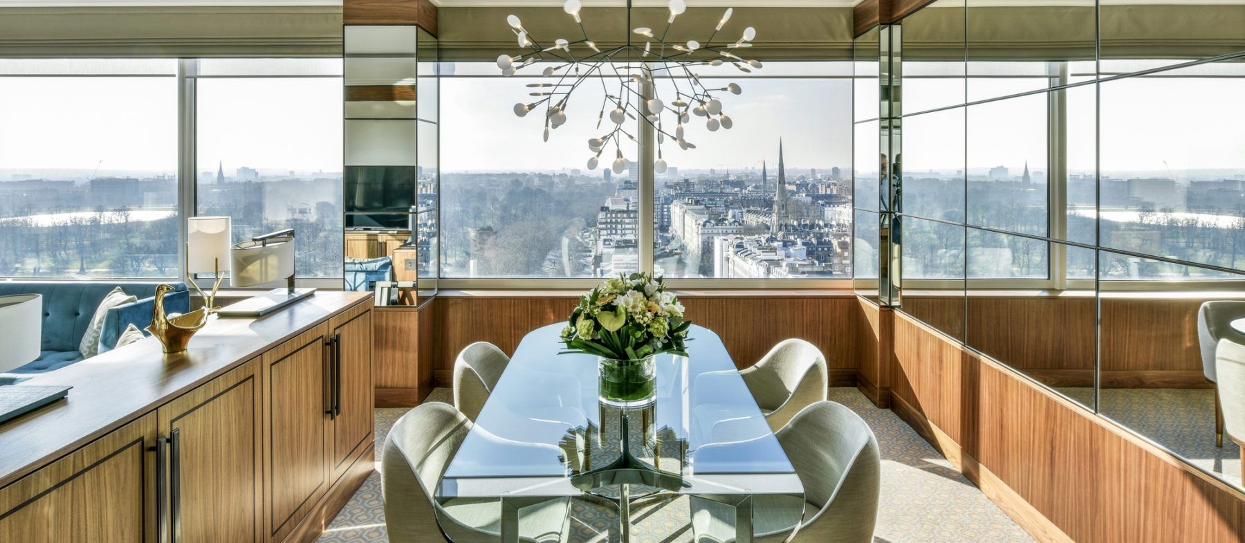 Suite with view on Hyde Park